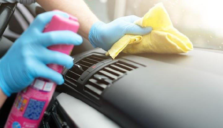 Tips Bersihkan Kabin Mobil OTR.id