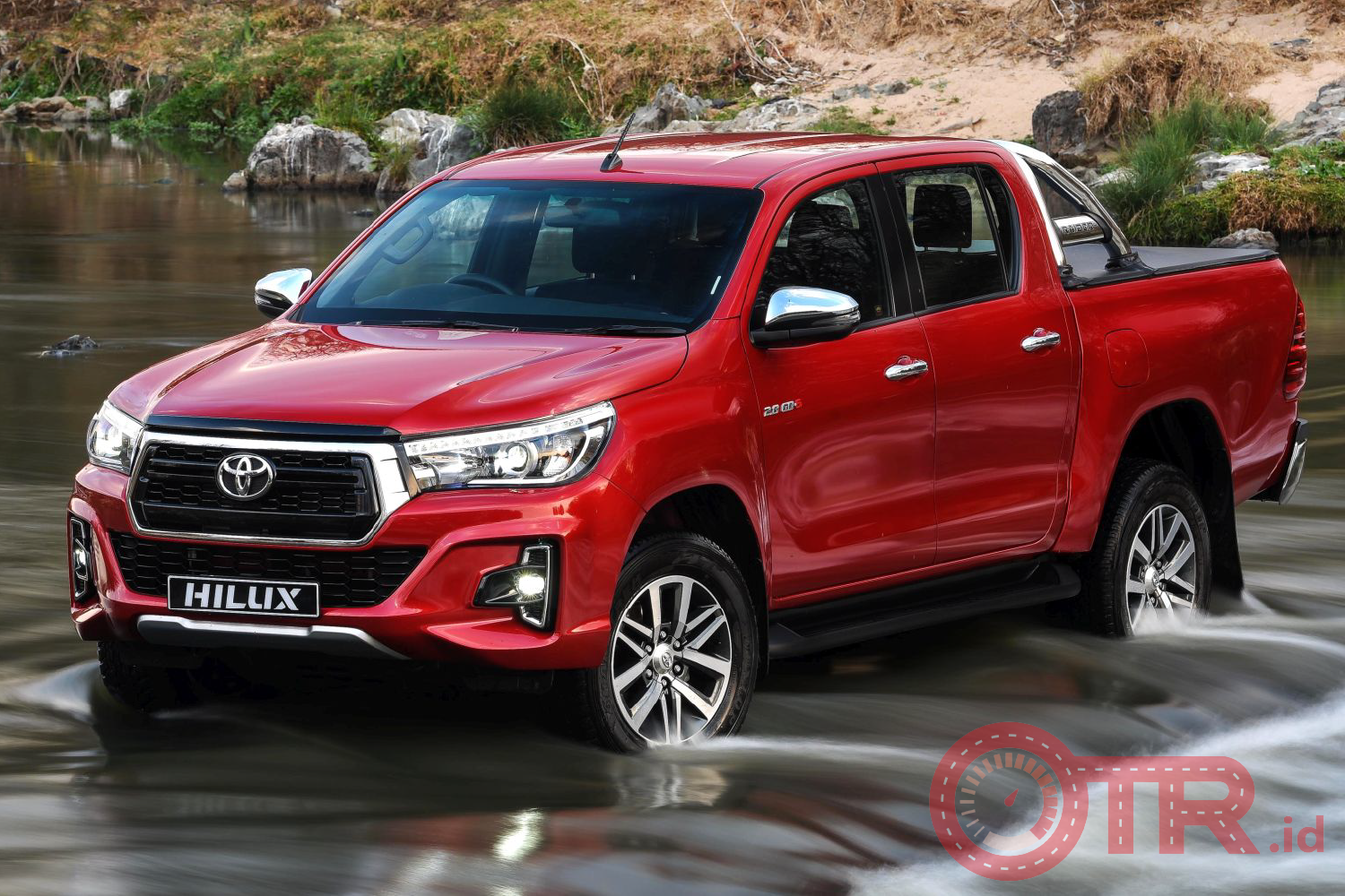 Toyota Hilux Double Cabin OTR.id